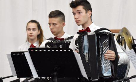 "Arti Sentemo, Uwertura do opery ""Wesele Figara"""