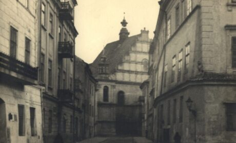 Koncert na trzy bramy i księżyc z ulicy Złotej, cz. II